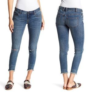 Free People Skinny Low Rise Destroyed Jeans 27
